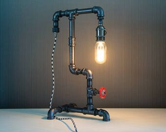 Pipe Lamp - Edison Lamp - Steampunk Lamp