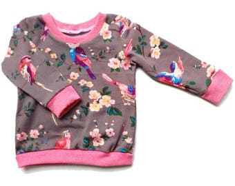 "Sweater ""Lovely birds"""