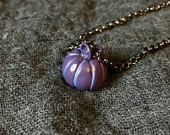 Miniature Pumpkin Necklace (Violet/Blue)