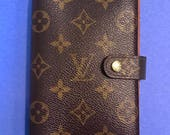Louis Vuitton Agenda Wallet