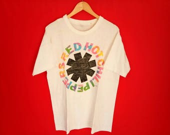 vintage Red hot chilli peppers grunge band logo t shirt