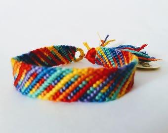 model: life in technicolor (friendship bracelet 12 threads)