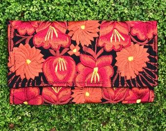 Hand Woven Clutch / Hand Woven wallet / Boho / Etnic