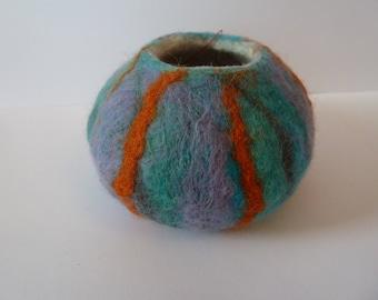 Wet felted bowl, vessel, pot, eco friendly, merino wool, hand sculpted pot, jewelry bowl, small storage pot, colourful ornament, felt art