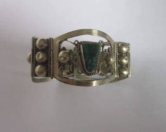 Vintage Mexico Sterling Silver with Carved Green Stone Masks wide Cuff Bracelet