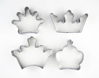 4pcs/Set Crown Cookie Cutters- Fondant Biscuit Mold - Pastry Baking Tool Set