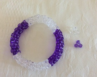 Plastic tribeads bracelet, Stretchy tribeads bracelet, purple and clear stretchy bracelet