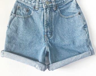90s Mom Shorts XS, GAP High Waisted Mom Short, 23 inch waist, Size 0, Size 00, Mom Shorts XXS