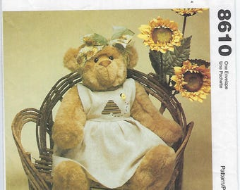 McCalls 8610 - VINTAGE - Honey Bear