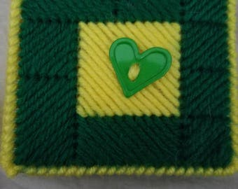Green and gold note pad holder