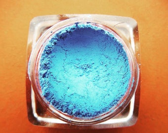 Boudicca Blue Eyeshadow/Matt Blue Eyeshadow/Pure Blue Mineral Eyeshadow/All Natural Makeup/Mineral Cosmetics/Chemical Free Eyeshadow/Vegan