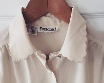 Breezy Ivory Button-down Top with Scallop-Trimmed Collar S/M 90's Simplicity