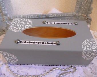 Box with handkerchiefs mandala