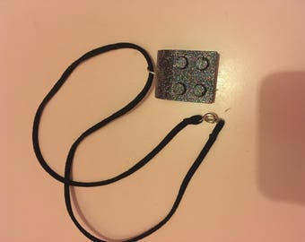 sparkle block pendant sued laced necklace
