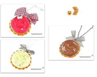 Necklace biscuits chocolate-brown smiles, strawberry or vanilla in the choice
