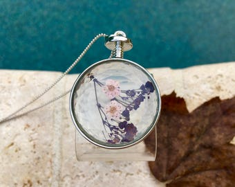 Beautiful dried flowers necklace - handmade