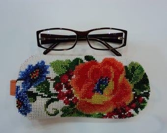 Orange glasses case Embroidered glasses case Spectacle case Embroidery poppy Flower case Ukrainian accessories Beaded embroidery Reading