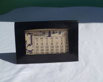 1960 desk calendar with interchangeable months