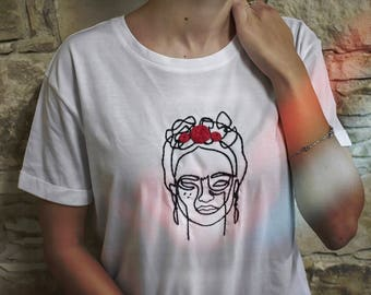 Hand Embroidered Tshirts, Frida Kahlo, Frida Tshirt, T-shirt, Tee, Fashion, Woman Fashion, Tees, Tit, Shirt, Present for Her