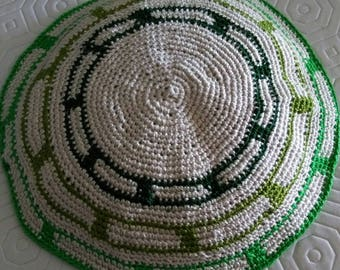 Handmade kippah- made to the size and colors of your choice.