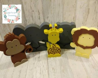 Freestanding Safari animal set