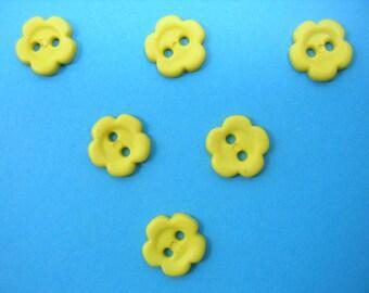 LOT 6 buttons: 10mm yellow flower
