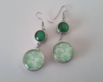 Earrings with 4 vegetable type green and white and green snap buttons