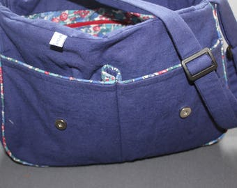 Navy bag and matching flowers