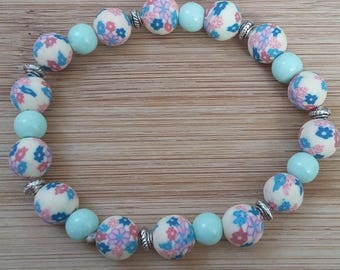 Polymer clay, pastel green glass bracelet