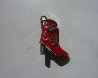 Boot shoe red rhinestones in silver and enamel 21x15mm