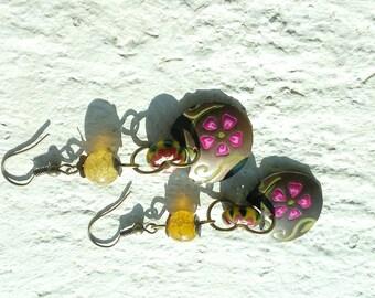 Earrings small flowers on brass