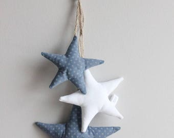 Cluster of three stars in cotton and linen
