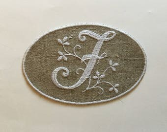 """MONOGRAM """"F"""" IN WHITE EMBROIDERY MEDALLION"""