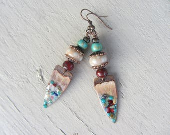 Ethnic earrings, charm tip enameled copper, Lampwork, Czech glass, pink, turquoise and Burgundy