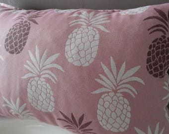 """""""Pineapple"""" pillow cover; 50 x 30 cm. Pink/White"""