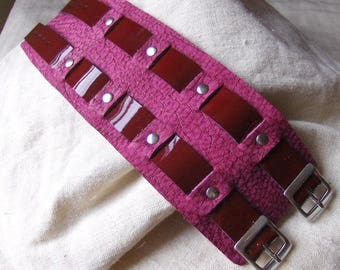 Handmade bracelet with red lacquer fuchsia leather earrings