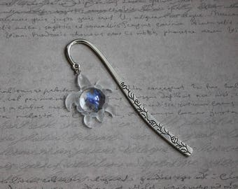 Bookmark metal silver turtle 4x3.5 inch resin and inclusion of blueberries 12 cm