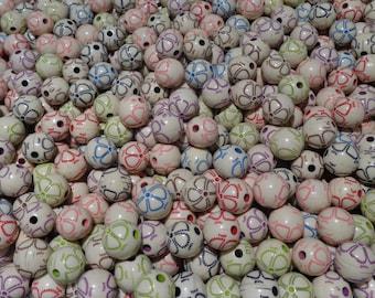Set of 10 beads flower motifs