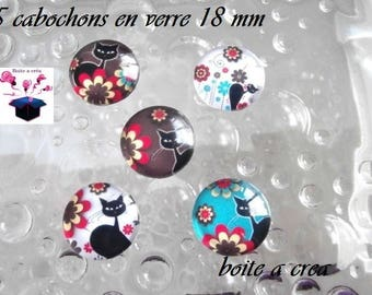 5 series cat in the Meadow 18mm domed glass cabochons