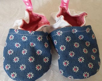 Slipper 6/12 months) size 18/19 faux leather fabric