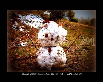 Photo 30X40cm snowman in the Var abandoned on the edge of the road