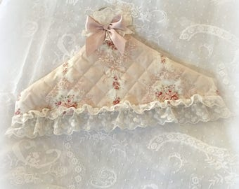 Wooden hanger and its shabby chic and lace cover