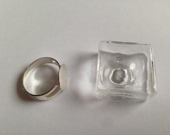 Cabochon square shape jar