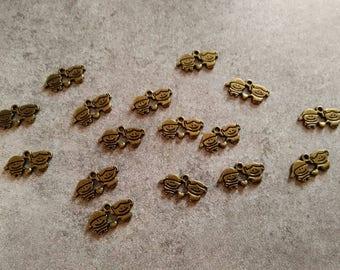 set of 2 kid charms 19 x 10 mm