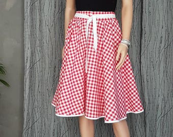 Red and white gingham SKIRT. T 34au42. HAND MADE