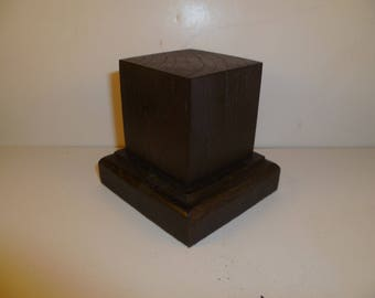 Made with beech and oak schc15 for figurines square wood base