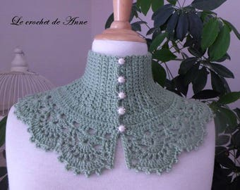 Lime green neck circumference of Victorian style!
