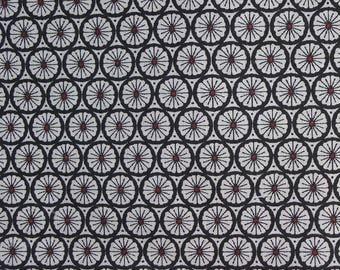 Coupon 1 m x 1 m fabric geometric black and white fabric