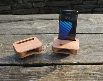 Smartphone Amplifier, Wooden Passive Speaker, Docking Station, Cell Phone Accessory, Birthday Gift, iPhone Speaker, Cell Phone Amplifier