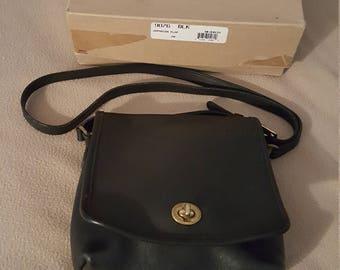 VINTAGE COACH Genuine Leather Crossbody Turn lock Flap Purse 9076 Black